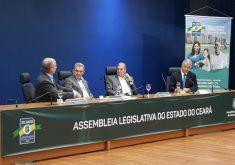 O evento aconteceu nesta segunda-feira, na Assembleia Legislativa (FOTO: Larissa Wenya/TV Jangadeiro)